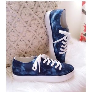 Midnight Blue Tie Dye Sneaker Shoes by Res…